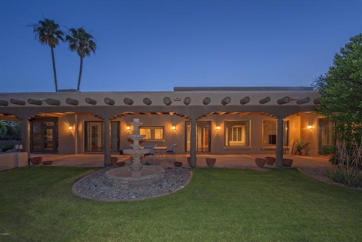 8229 E FOOTHILL Circle, Scottsdale, AZ 85255