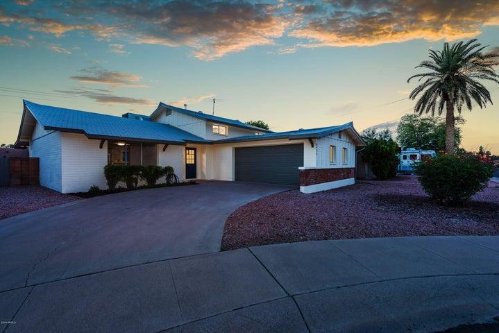 8425 E CITRUS Way, Scottsdale, AZ 85250