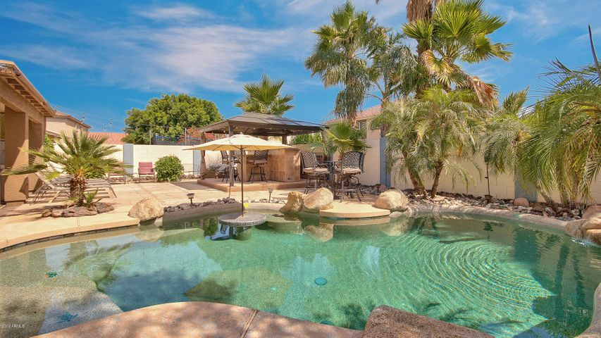 15833 W Redfield Road, Surprise, AZ 85379