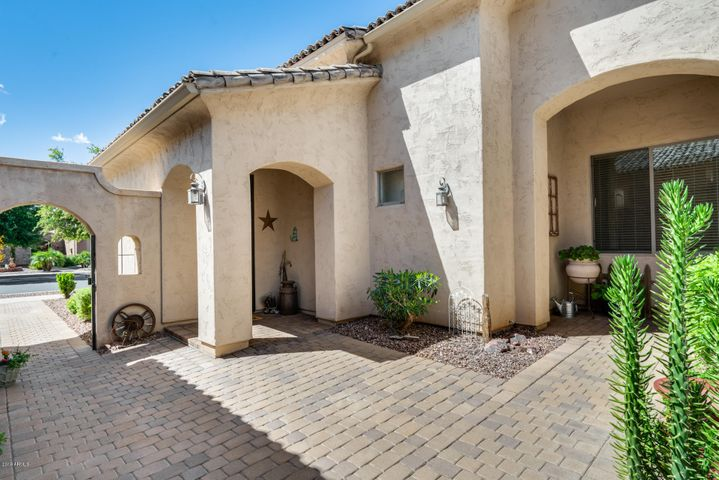 14576 W HIDDEN TERRACE Loop, Litchfield Park, AZ 85340