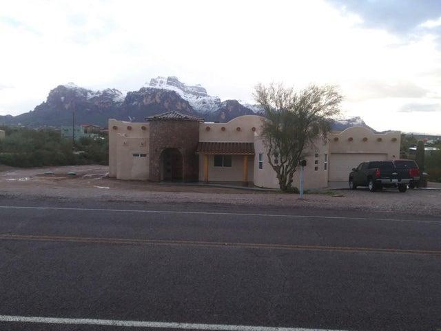 1587 N STARR Road, Apache Junction, AZ 85119