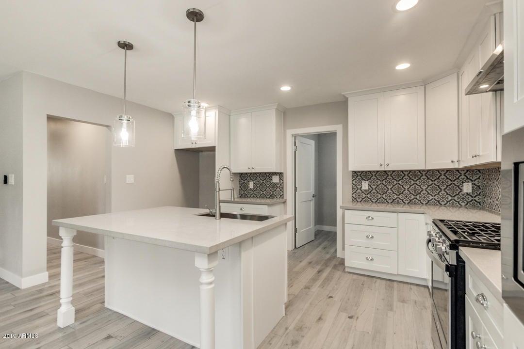 4007 E WINDSOR Avenue, Phoenix, AZ 85008