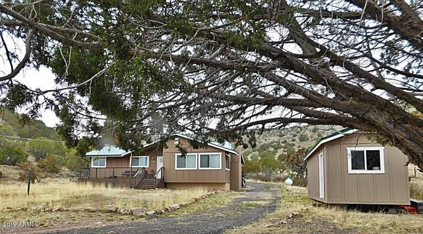 55055 N PAINTBRUSH Lane, Seligman, AZ 86337