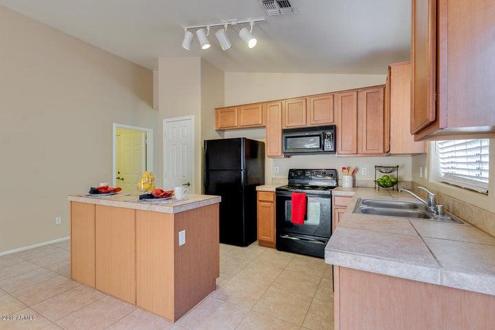 21548 N GREENWAY Road, Maricopa, AZ 85138