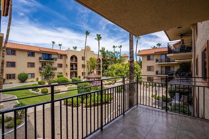 10330 W THUNDERBIRD Boulevard, A232, Sun City, AZ 85351