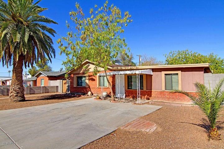 7030 N 25TH Drive, Phoenix, AZ 85051