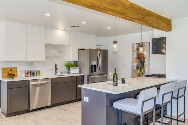 1301 E VIRGINIA Avenue, Phoenix, AZ 85006