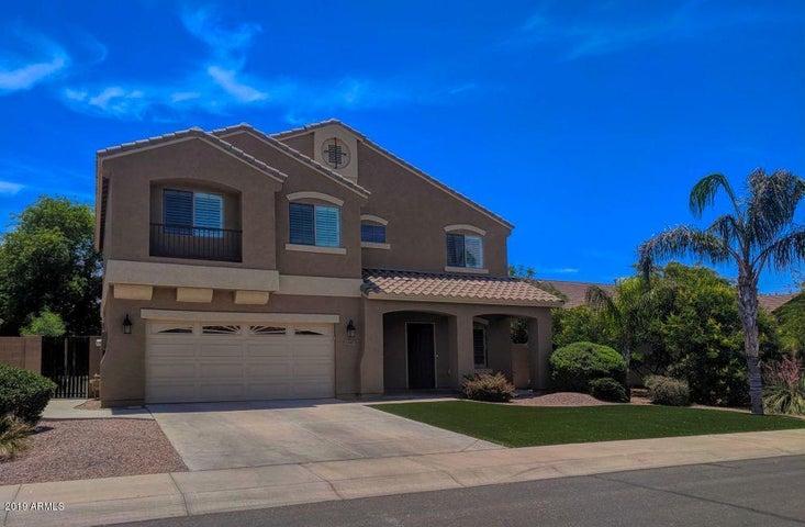 1267 E BLUEBIRD Drive, Gilbert, AZ 85297