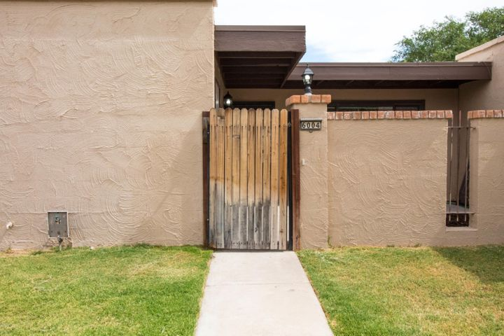 6004 W AUGUSTA Avenue, Glendale, AZ 85301
