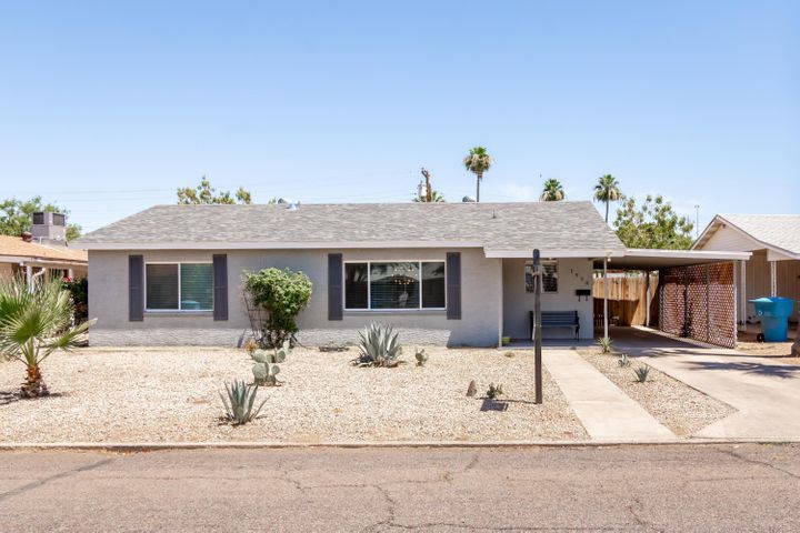 1908 E PINCHOT Avenue, Phoenix, AZ 85016