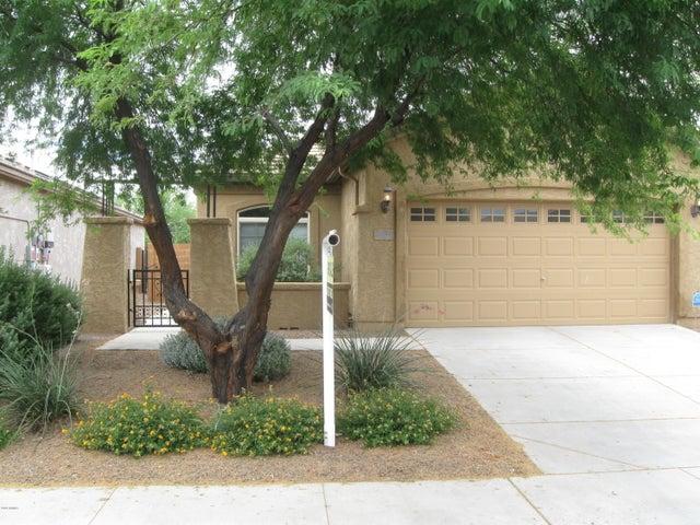 26221 W BEHREND Drive, Buckeye, AZ 85396