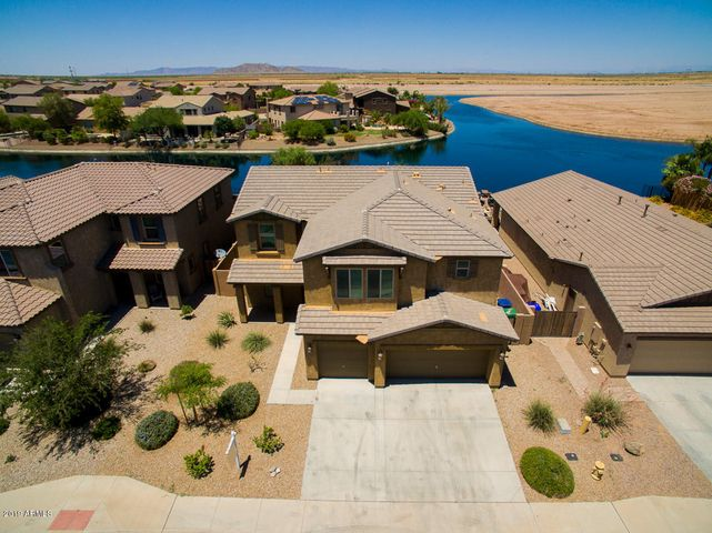 Spectacular Waterfront Home in the Lakes at Rancho El Dorado