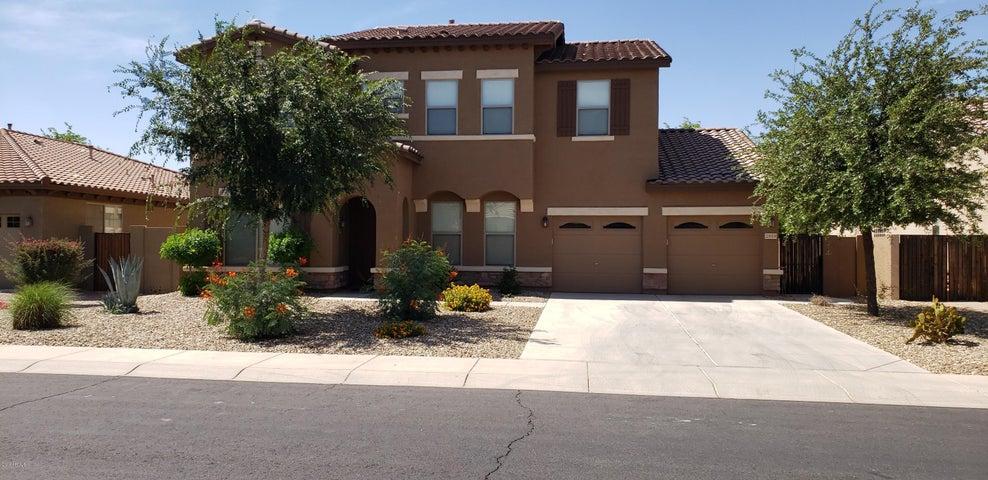 2919 E FANDANGO Drive, Gilbert, AZ 85298