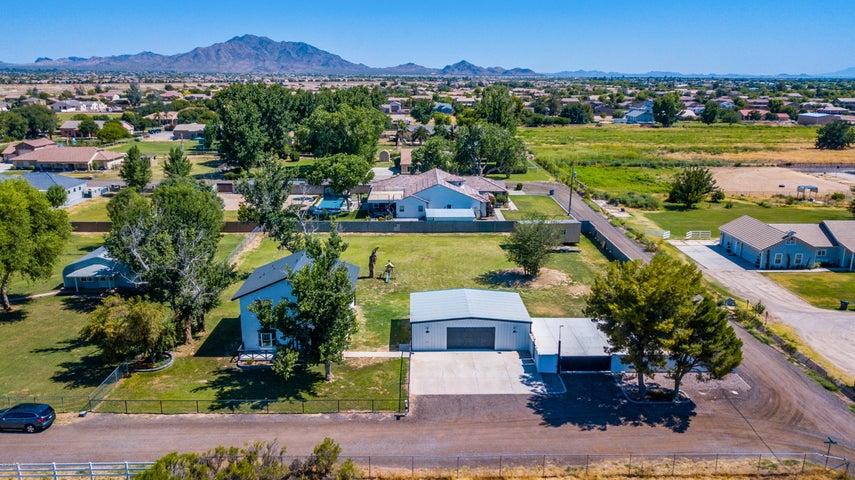 2611 E MAGNOLIA Drive, Gilbert, AZ 85298