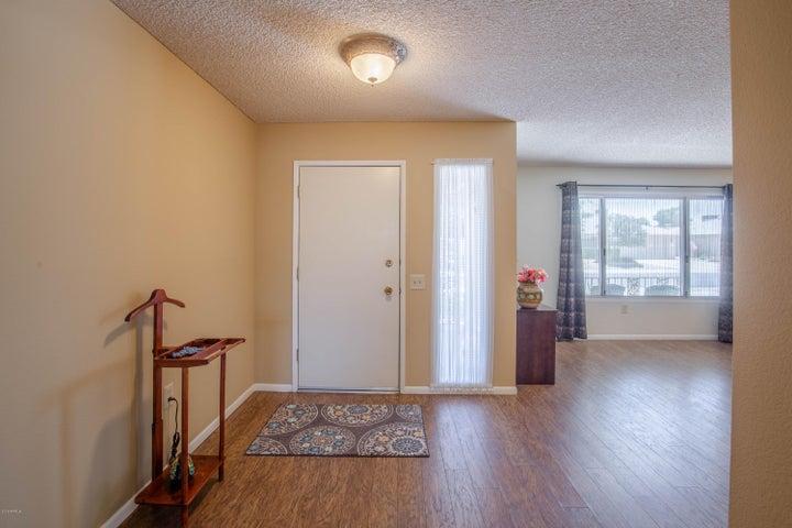 13222 W LA TERRAZA Drive, Sun City West, AZ 85375