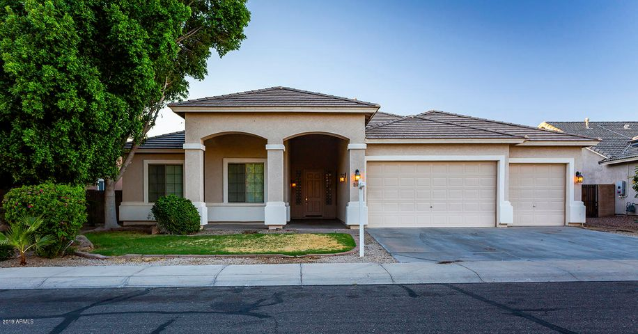 13212 W Rovey Avenue, Litchfield Park, AZ 85340