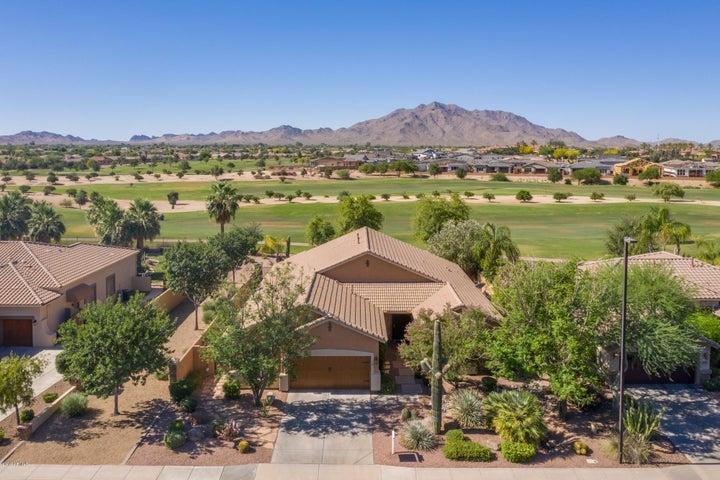 4019 E MEADOWVIEW Drive, Gilbert, AZ 85298