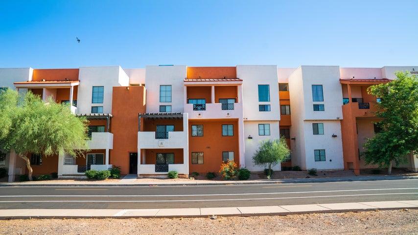 1005 E 8TH Street, 2010, Tempe, AZ 85281