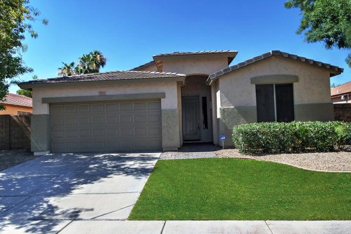 1382 W ROADRUNNER Drive, Chandler, AZ 85286