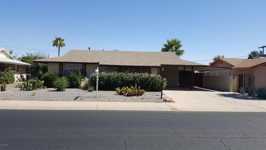 10225 W ALABAMA Avenue W, Sun City, AZ 85351