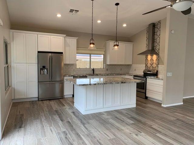 4250 E HARTFORD Avenue, Phoenix, AZ 85032