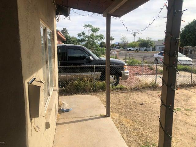 6809 N 54TH Drive, Glendale, AZ 85301