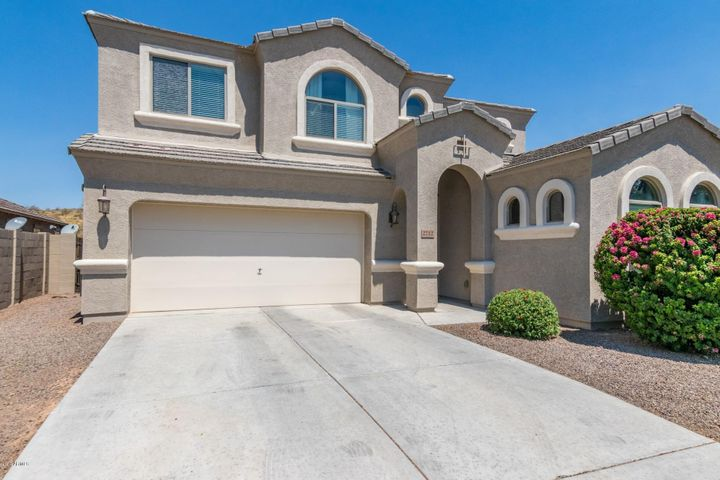 2712 E Quiet Hollow Lane, Phoenix, AZ 85024