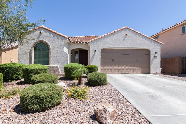 2028 E HAZELTINE Way, Gilbert, AZ 85298