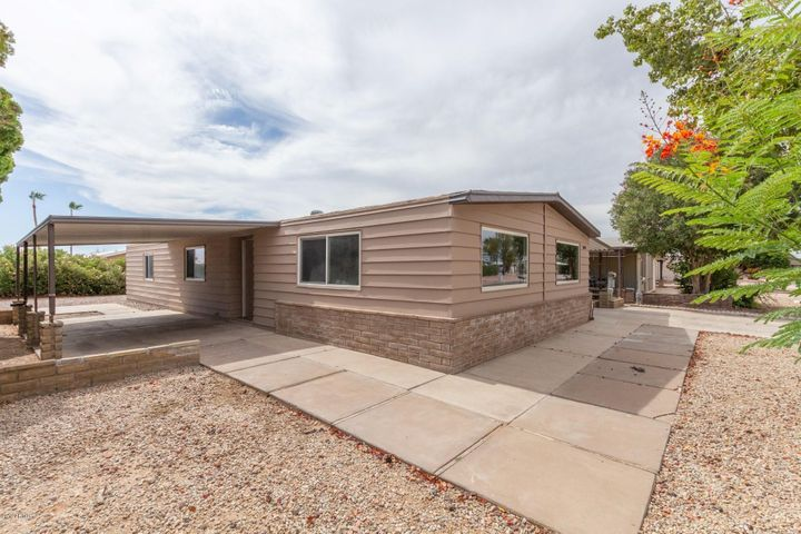 26628 S Gila Place, Sun Lakes, AZ 85248