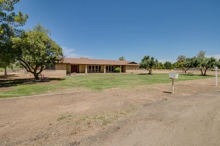 7510 N SARIVAL Avenue, Litchfield Park, AZ 85340