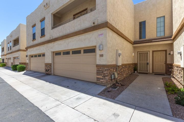 15818 N 25TH Street, 105, Phoenix, AZ 85032