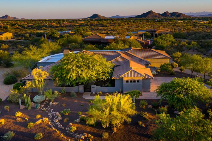 8245 E MONTELLO Road, Scottsdale, AZ 85266