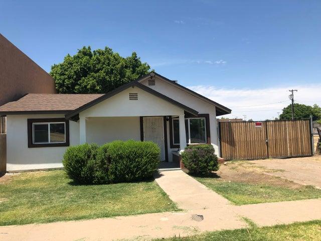 7024 N 55TH Drive, Glendale, AZ 85301