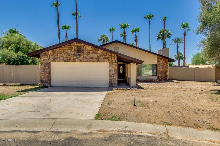 335 W PINTURA Circle, Litchfield Park, AZ 85340