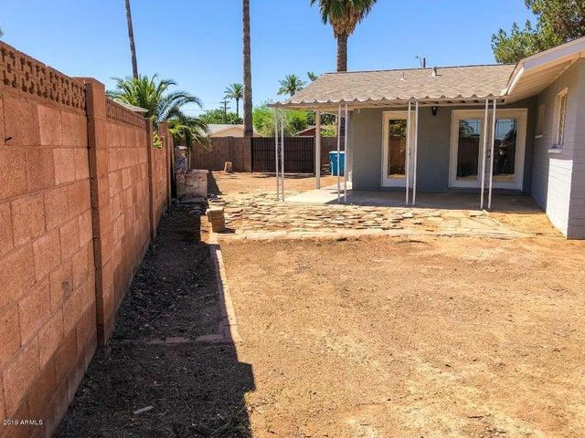 3829 W FLYNN Lane, Phoenix, AZ 85019