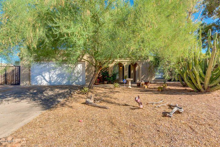 2039 E JANICE Way, Phoenix, AZ 85022