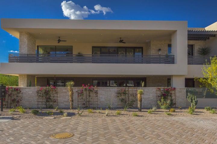 5589 E STELLA Lane, Paradise Valley, AZ 85253