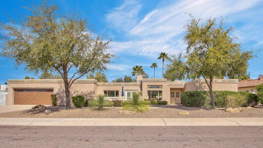 8134 E DEL RUBI Drive, Scottsdale, AZ 85258