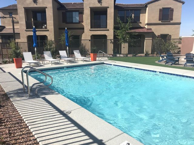 3900 E BASELINE Road, 102, Phoenix, AZ 85042
