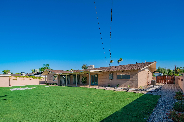 516 W SUNSET Circle, Mesa, AZ 85201