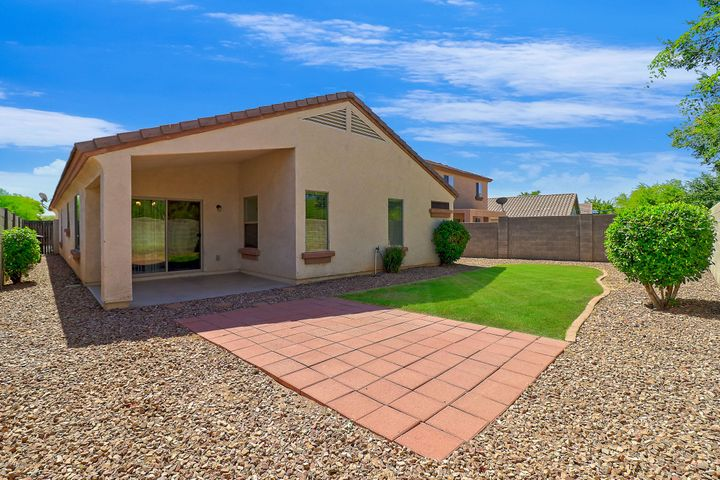 15012 N 140th Avenue, Surprise, AZ 85379