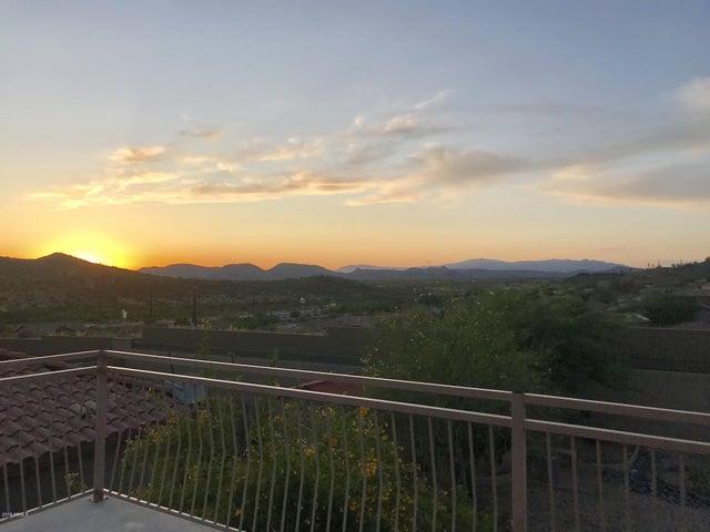 3812 W DESERT CREEK Lane, Phoenix, AZ 85086