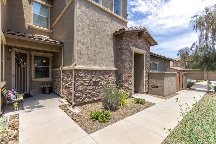 2121 W TALLGRASS Trail, 127, Phoenix, AZ 85085