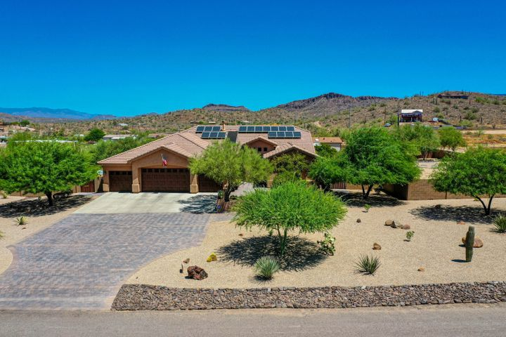 922 E SADDLE MOUNTAIN Road, Phoenix, AZ 85086