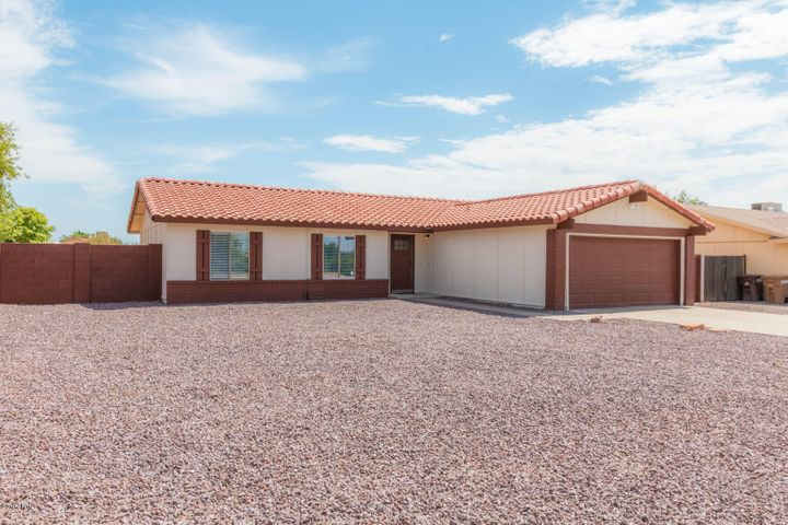 7355 W MOUNTAIN VIEW Road, Peoria, AZ 85345