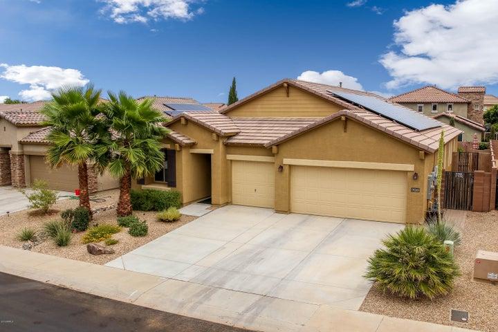 18245 W VOGEL Avenue, Waddell, AZ 85355
