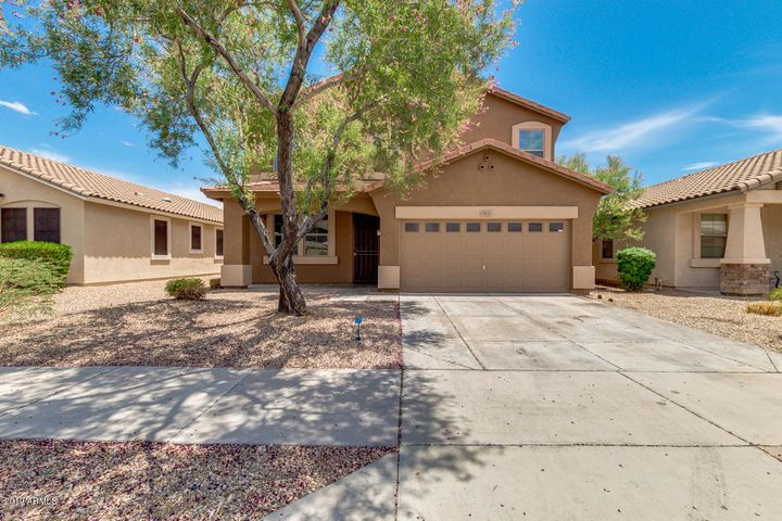 1831 E PARKSIDE Lane, Phoenix, AZ 85024