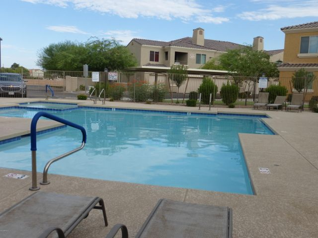 Community Pool & Spa for your enjoyment