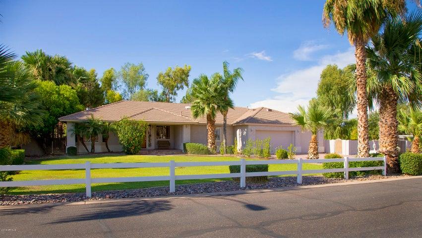 2234 E VIRGINIA Street, Mesa, AZ 85213