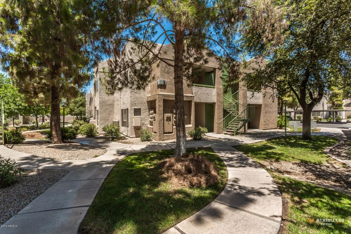 1295 N ASH Street, 318, Gilbert, AZ 85233